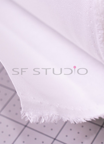 Wendler Woven Cotton Heavy Fusible Interfacing 215 gsm White